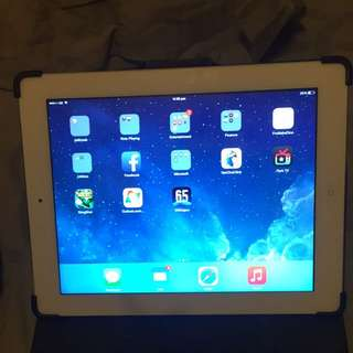 Ipad 3 Cellular + Wifi With All My Cover