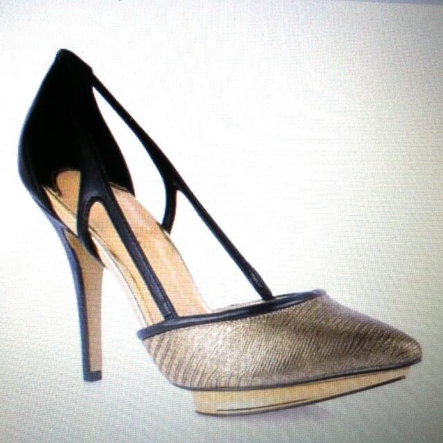 Looking For Exact Charles Keith Pump Heels Shoes