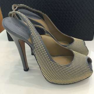 Kallistè , Used Once, Sz 39, Hk On Pedder Was $1050 Now $190 Nett, No Trade