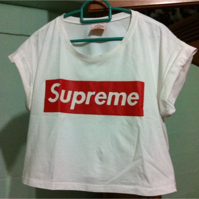 83a7ed0233d8cd Supreme Crop Top, Women's Fashion on Carousell