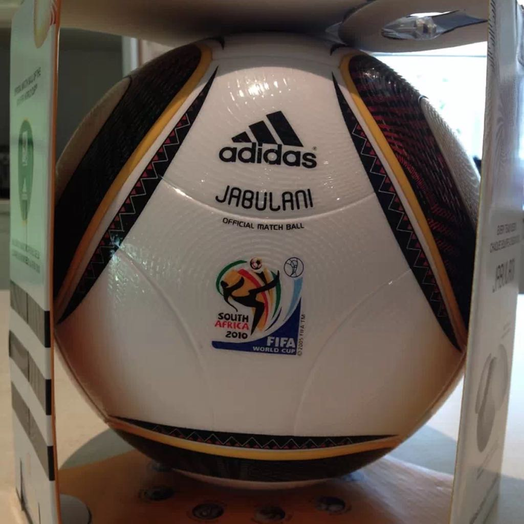 best service ede8f 706a2 Adidas Jabulani Official Match Ball 2010 World Cup, Sports on Carousell