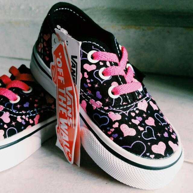 7a753a032a Toddlers Vans Off The Wall shoes Authentic