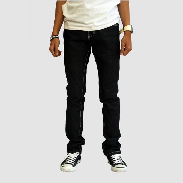 Hollow (Jeans)