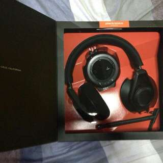 Selling Plantronics RIG Gaming Audio System