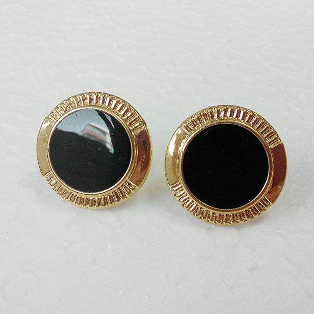 Classic Vintage In Black Stud Earrings