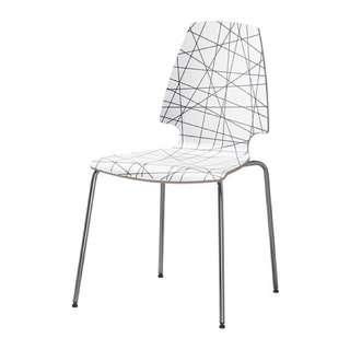 IKEA 木質人體工學椅一張