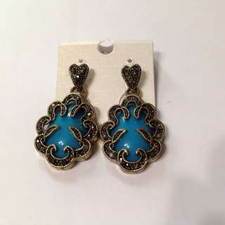 BN Turquoise Dangly Earrings