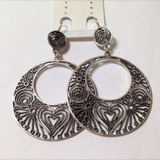 BN Silver Round Dangly Earrings