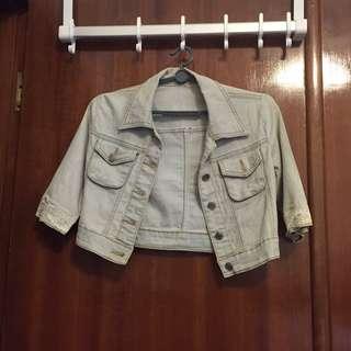 Light Denim Short Jacket w Lace Trimming