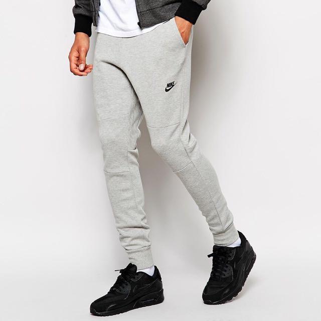 Nike Tech Fleece Sweatpants / Joggers