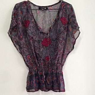 Forever 21 Batwinged Chiffon Top With Embroidered Detail. Fits UK 8/10. Collection At Pasir Ris Mrt Station. No Trade.