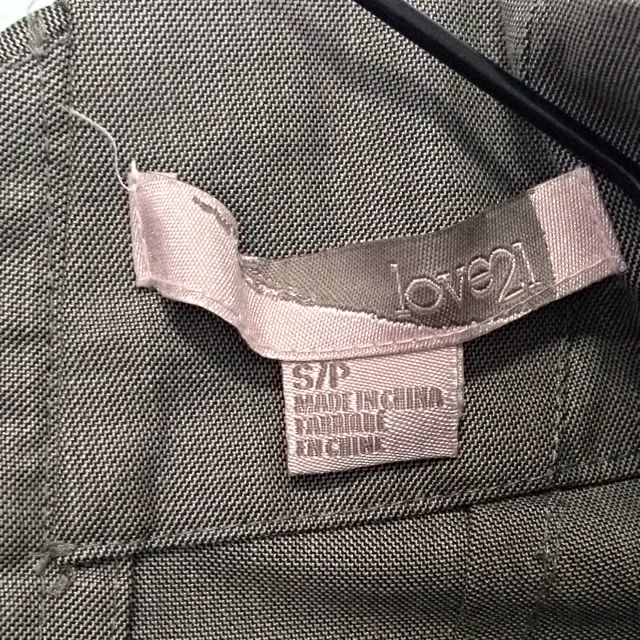 Love 21 Grey Work Skirt. Fits UK 8/10. Collection At Pasir Ris Mrt. No Trade.