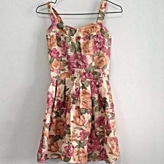 Floral Dress. Size XS. Collect At Pasir Ris Mrt Station No Trade.