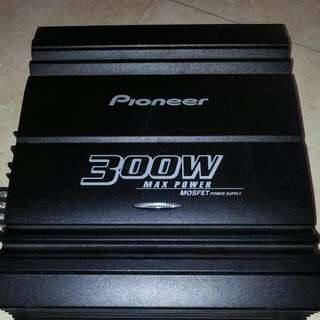 Pioneer Amp GM4000F 4Channel, Not Alpine,JVC,Sony,Kenwood. for Car Use