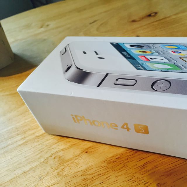 白色iPhone4s 32G