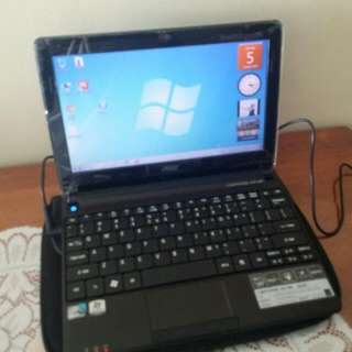 Acer Aspire one D270 netbook
