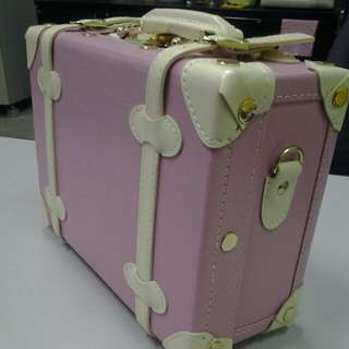 BN Mini Vintage Suitcase For Light Travelling