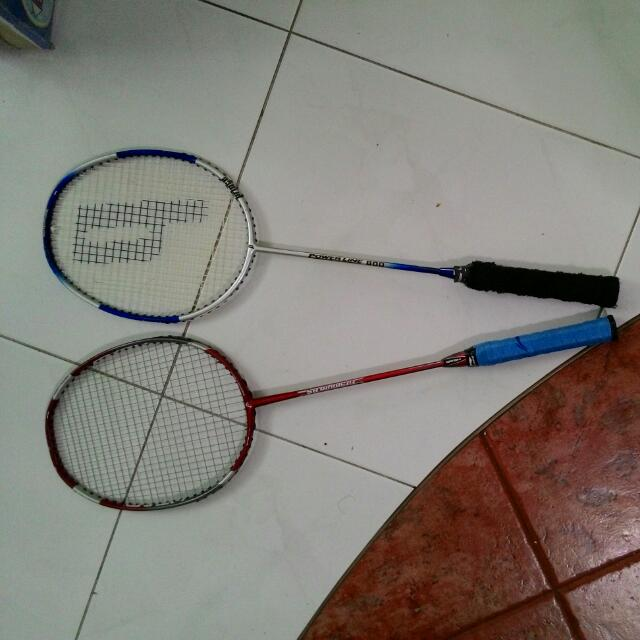 pre loved badminton racket 2 pcs