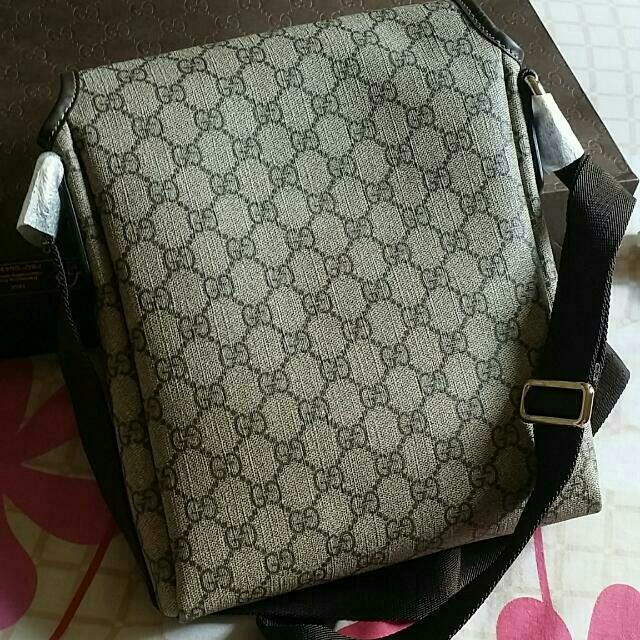 6fbd0f983787 GUCCI gg Plus Messenger Bag 100% Authentic, Luxury on Carousell