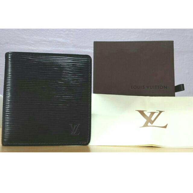 Louis Vuitton Men Epi Wallet - Billfold With 6 Card Slots