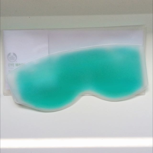 Gel Cooling Eye Mask (Body Shop)