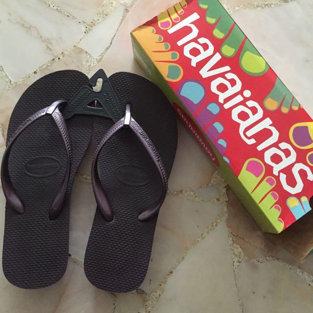 CLEARANCE SALE: Havaianas Flip Flops Wedge