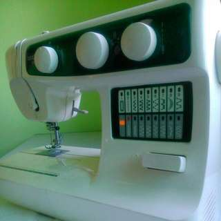 Brother Px-200 Sewing Machine.... Good Condition.