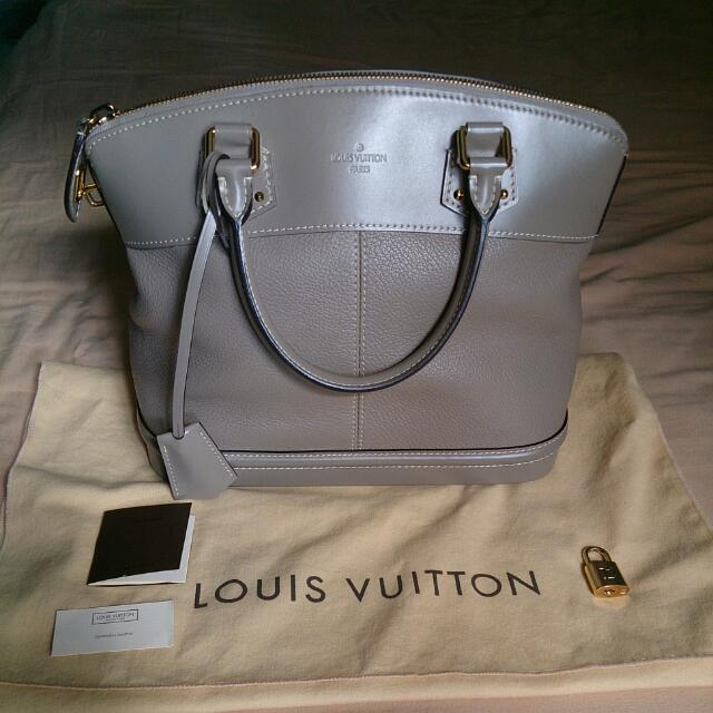Louis Vuitton Verone Suhali Lockit PM 55d4f5da94e72