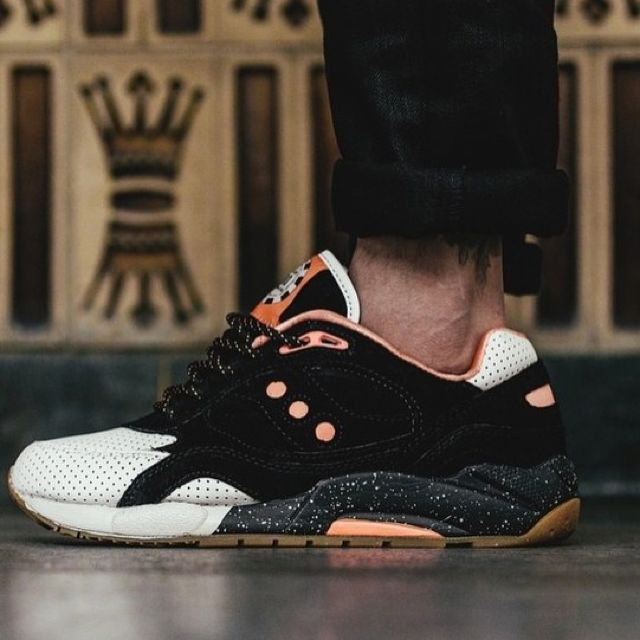 free shipping 5cda9 75ebe Saucony x Feature