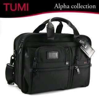 Tumi Alpha 2 Small Screen Expandable Laptop Brief-26141