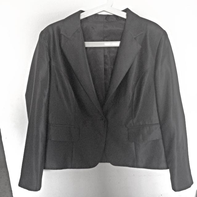 Plus Size TAILORED Black blazer
