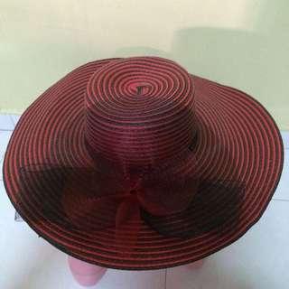 Red/Black Straw Hat