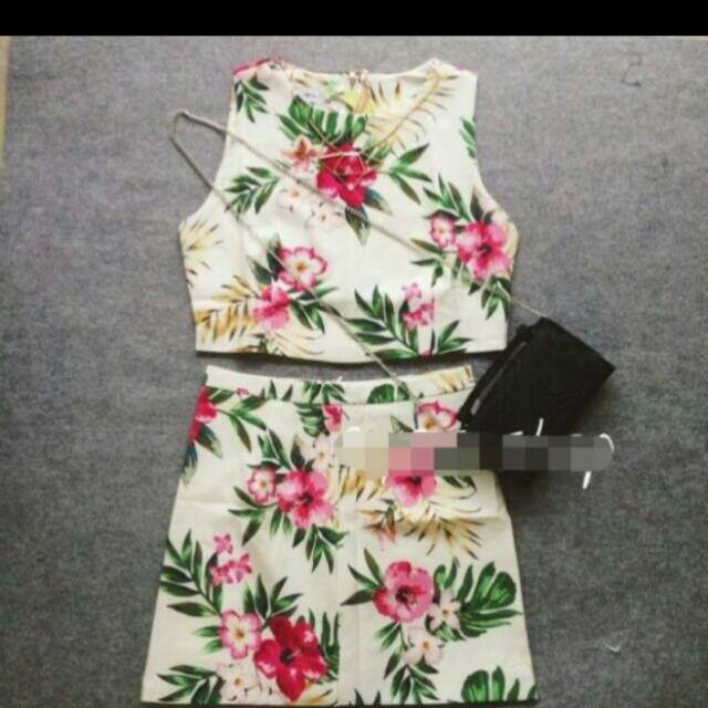 White Floral Garden TOP ONLY
