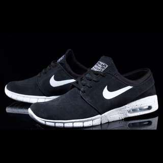 new style 75d22 f74a1 Authentic Nike SB Stefan Janoski Max L Black White Suede