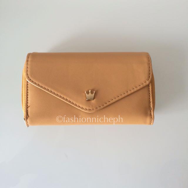 Crown Wallet - Tan