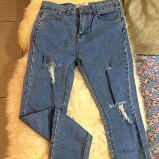 長褲·俐落有型帥氣刷破丹寧窄管牛仔褲(S號)