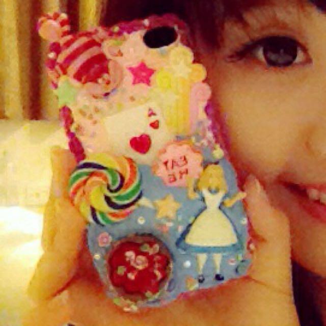 iphone 4S casing - Alice in wonderland