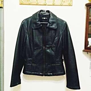 復古黑色皮衣