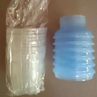 Avent Storage Cups With Adapter For Pump And Teat