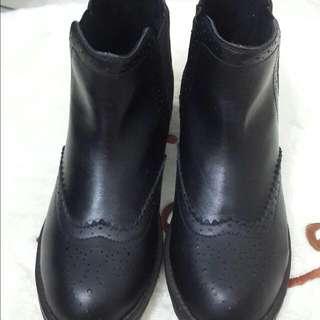 休閒短靴(2.Maa專櫃品牌)