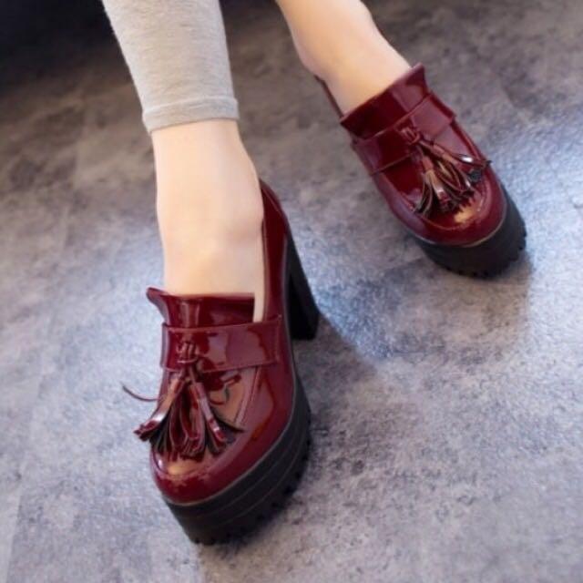 流蘇酒紅厚底高跟鞋