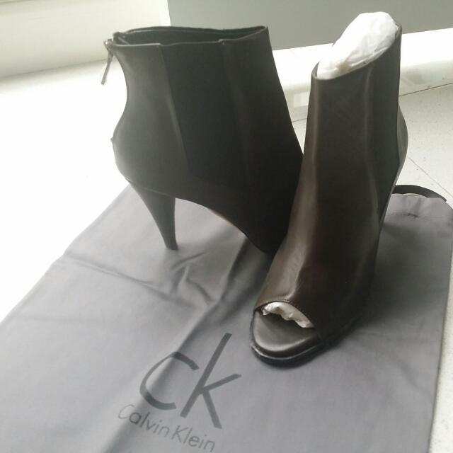 90% Discount - Calvin Klein Heels Brand New With Box And Shoebag