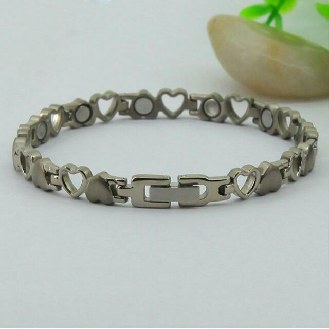 Fashion Titanium Magnetic Health Energy Bracelet M8232 - Relieve Stress, Improve Blood Circulation, More Restful Sleep and Pain Relief.