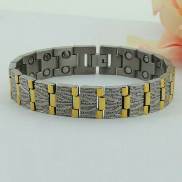 Fashion Titanium Magnetic Health Energy Bracelet M8485 - Relieve Stress, Improve Blood Circulation, More Restful Sleep and Pain Relief.