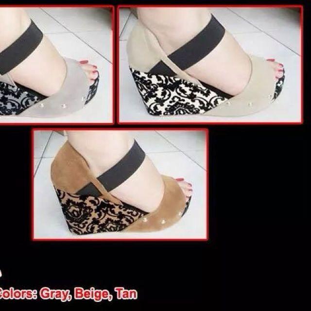 In Stock Beige Open Toe Wedges Size 8 (38-39)