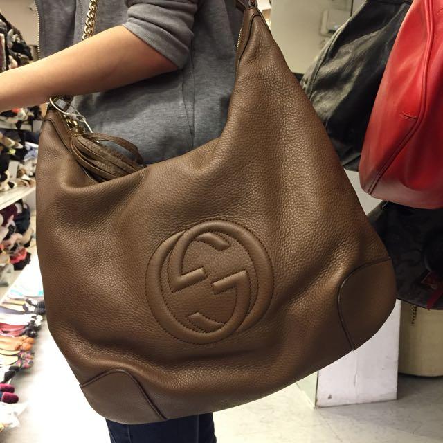 Gucci SOHO 鍊肩浮水logo包 可當禮物送人^_^