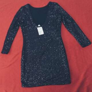 H&M Brand NEW Sequin Dress (BLACK)