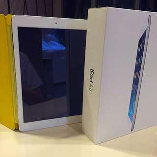iPad Air 128GB Silver (wiFi + Cellular)