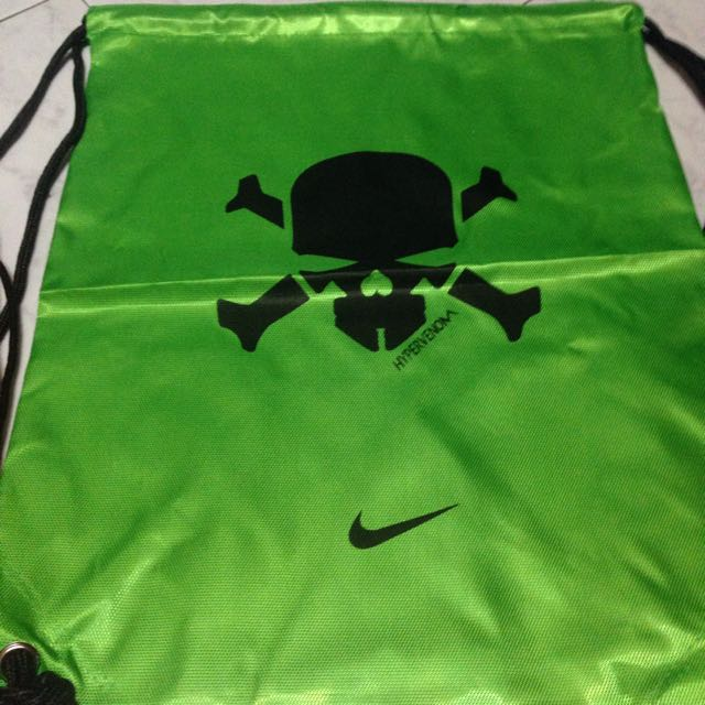 ... best nike hypervenom drawstring bag nike drawstring bag sports on  carousell 0b698 b6c20 38732f7753