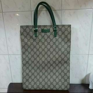 Authentic Gucci Plus Flat Tote